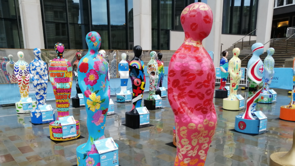Gratitude sculptures mark incredible contribution of NHS staff